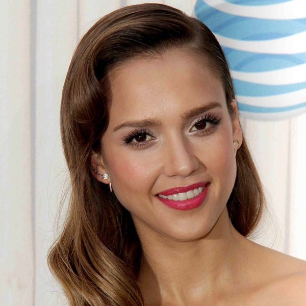 Jessica Alba Net Worth - TheRichest Jessica Alba Net Worth