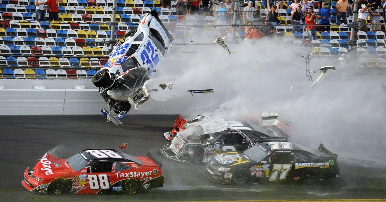 400 x 249 jpeg 22kb nascar fatal crashes fatal nascar crashes part ...