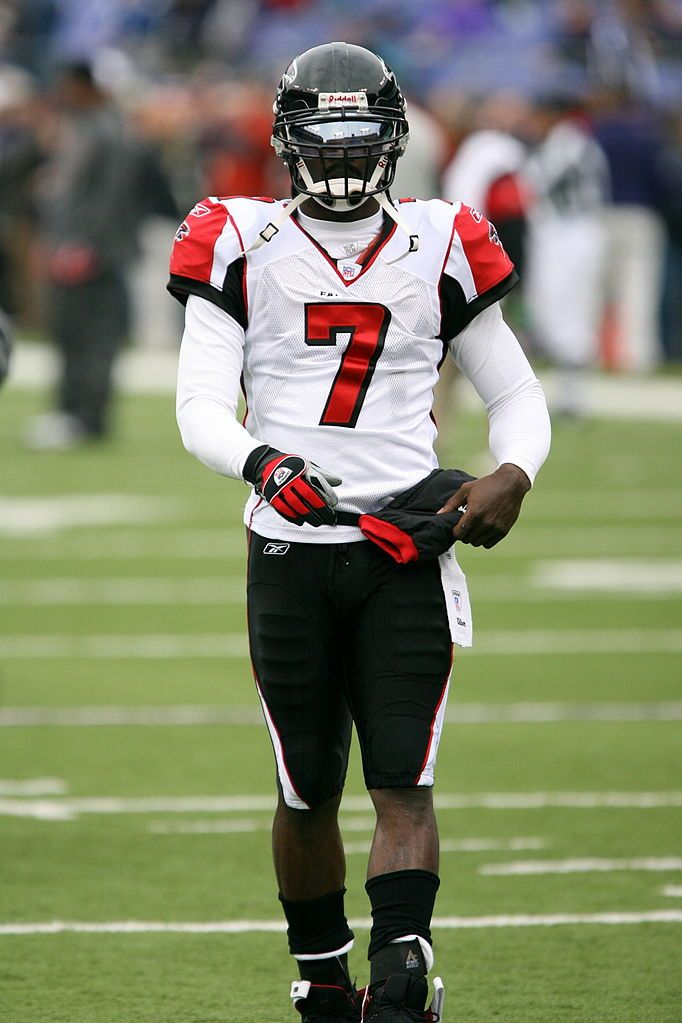 Michael vick Keith Allison