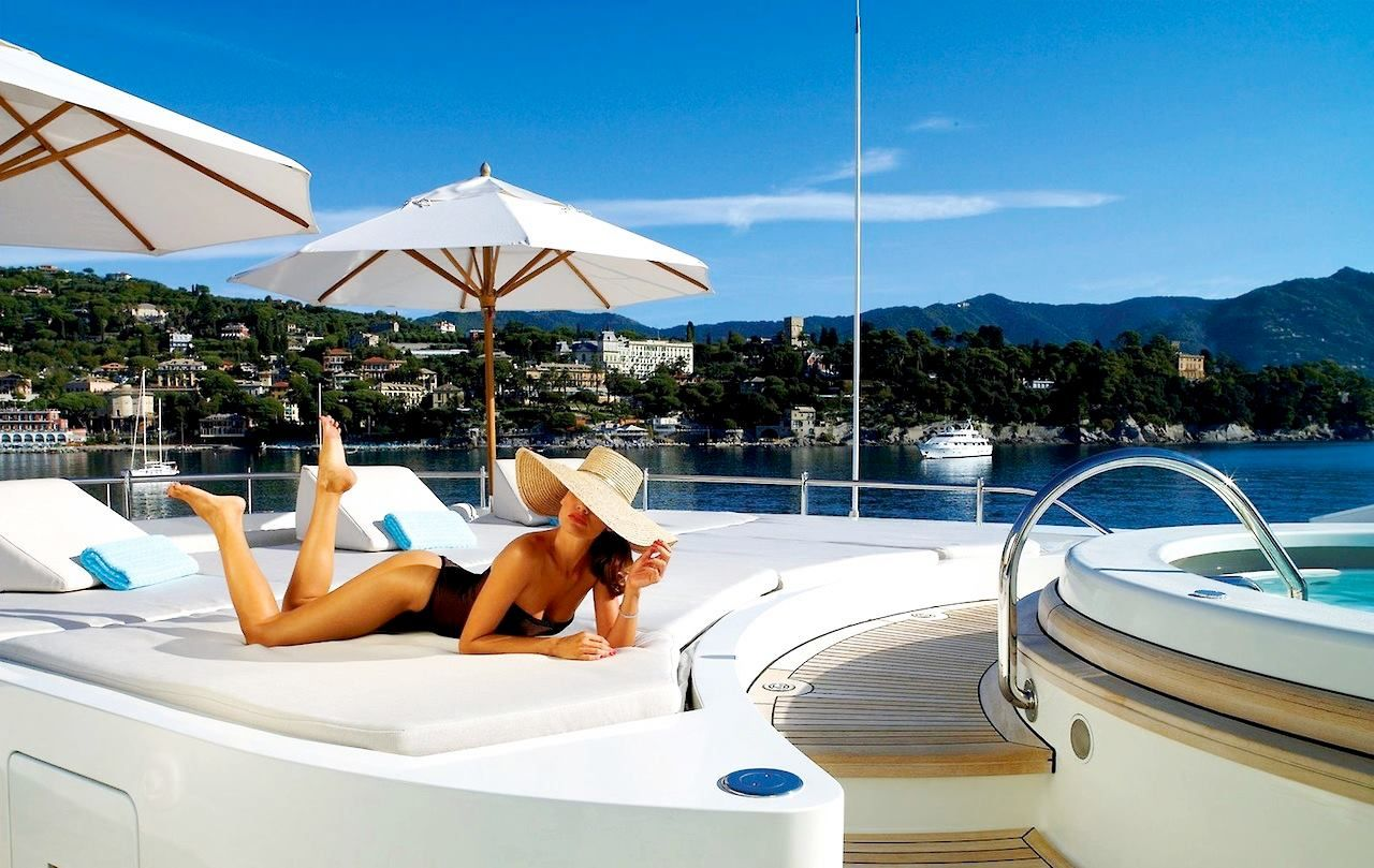 10 Sexy Yachts to Impress Any Woman