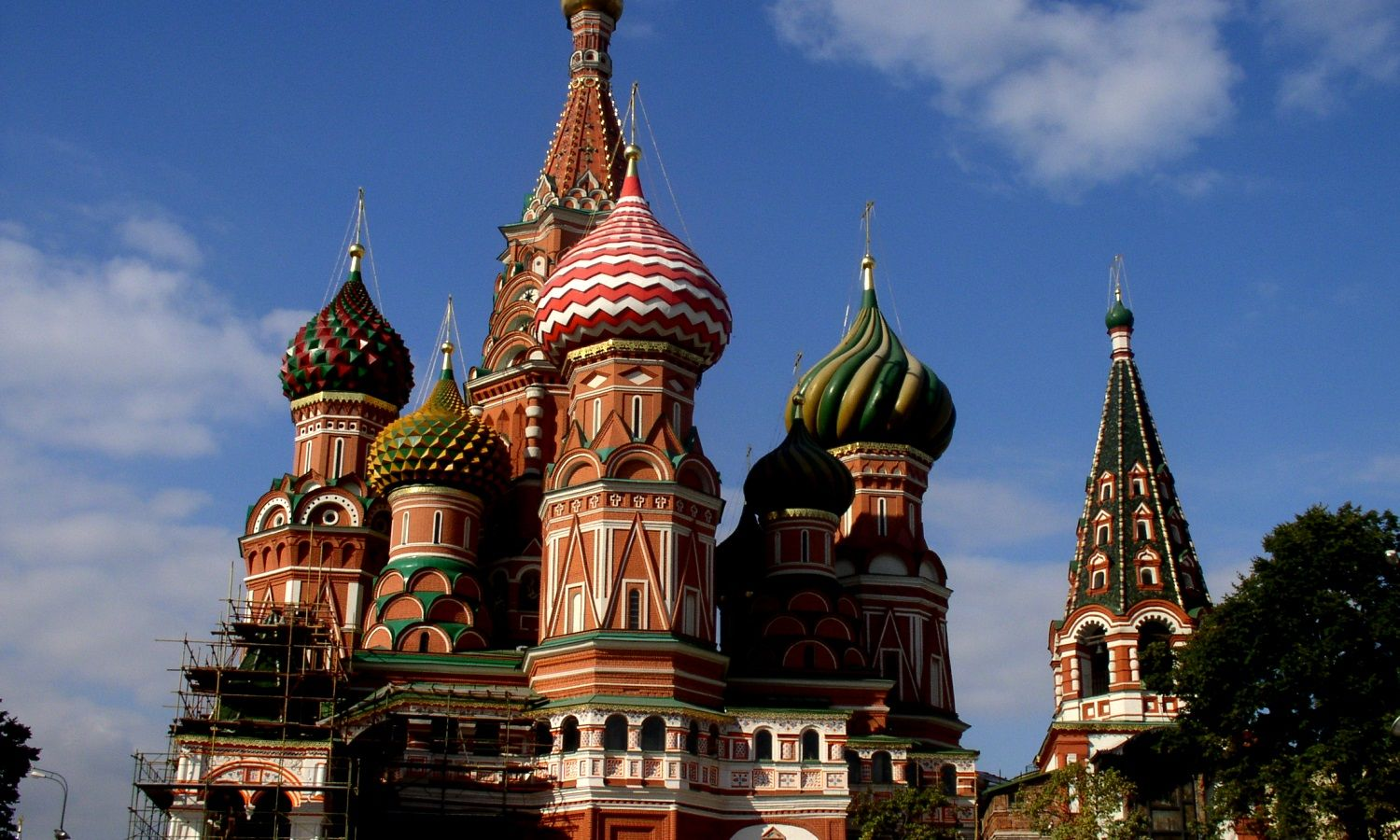 Russia-Moscow-Saint_Basil's_Cathedral-2