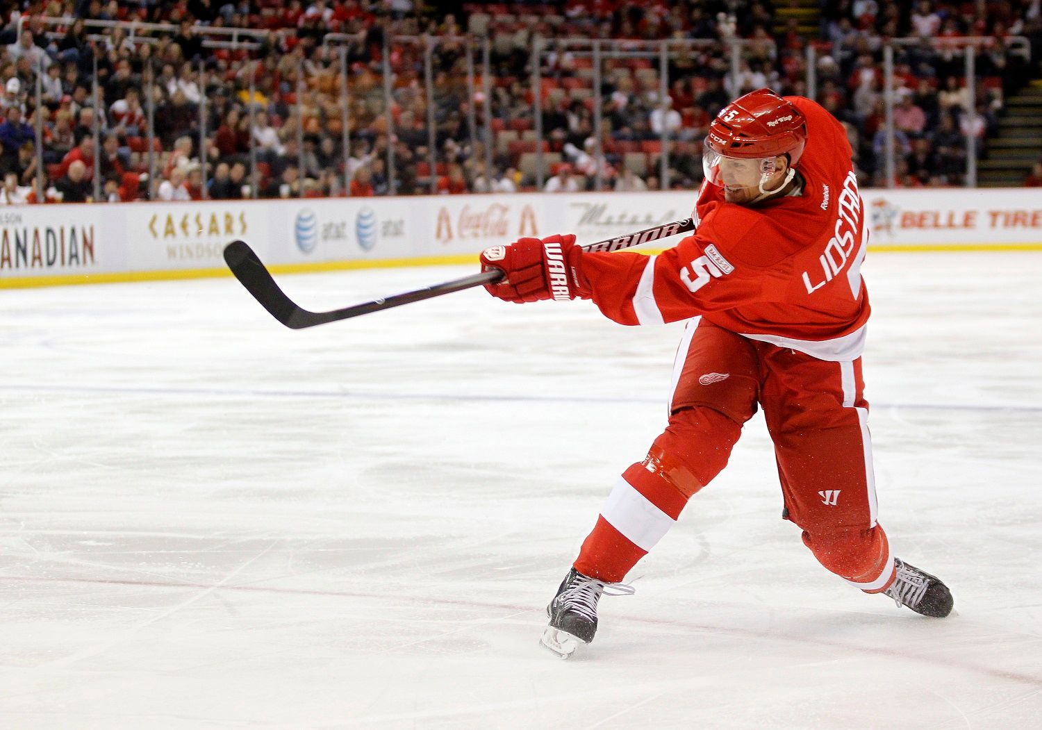 The 10 Best NHL Defensemen of All Time