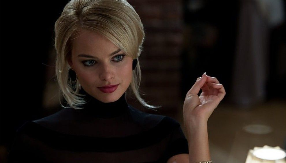 12 Actresses Who Actually Don't Think They're Sexy