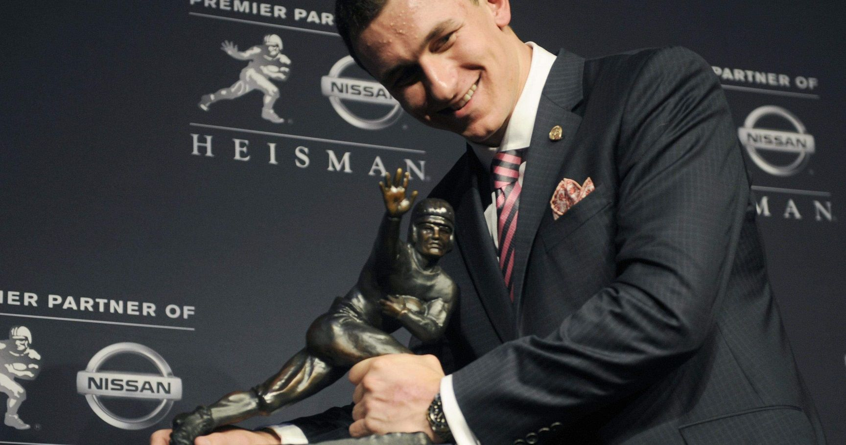 The 15 Worst Heisman Winners to Play in the NFL