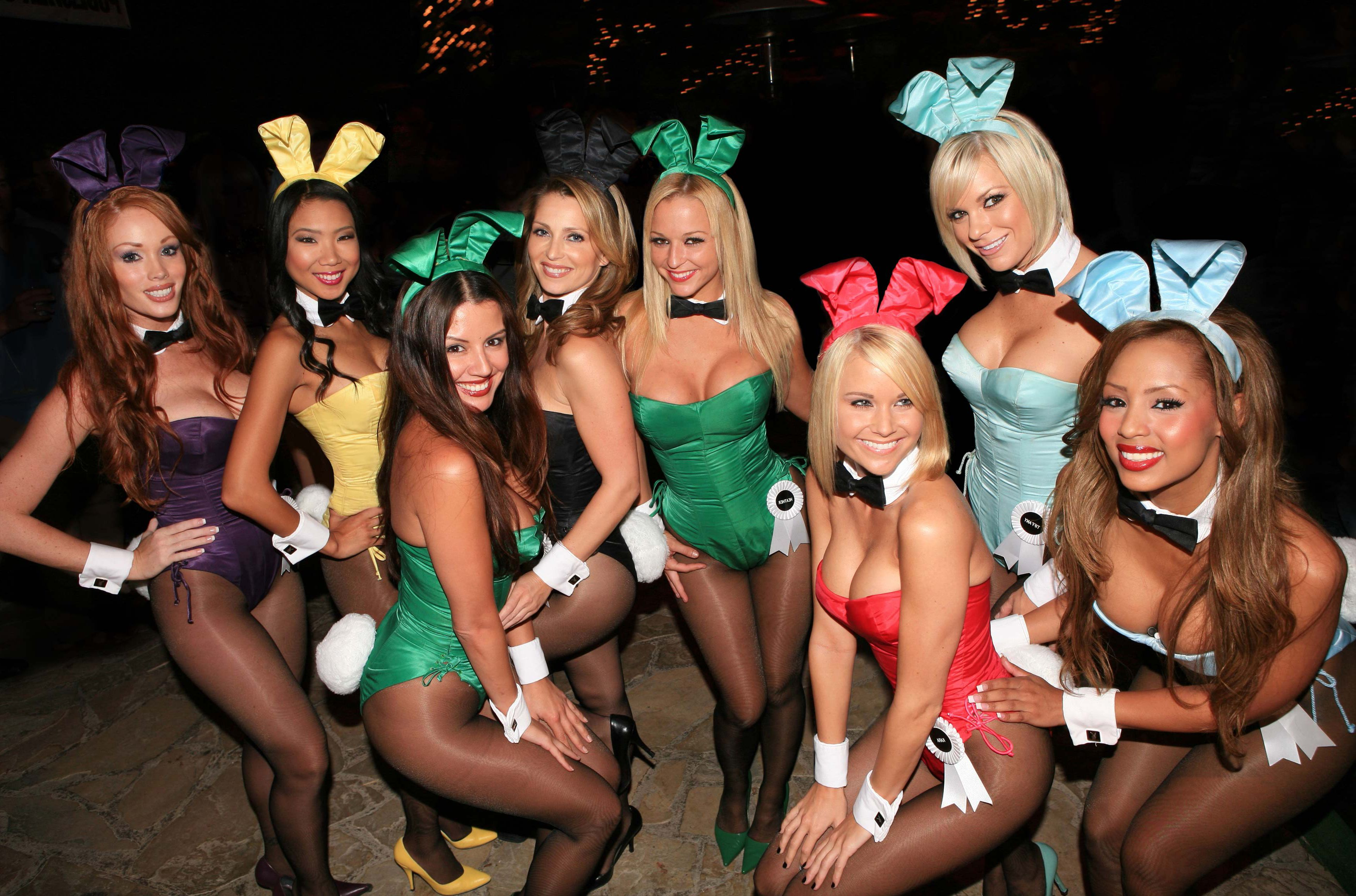 Four Hot Blonde Party Girls Get Crazy