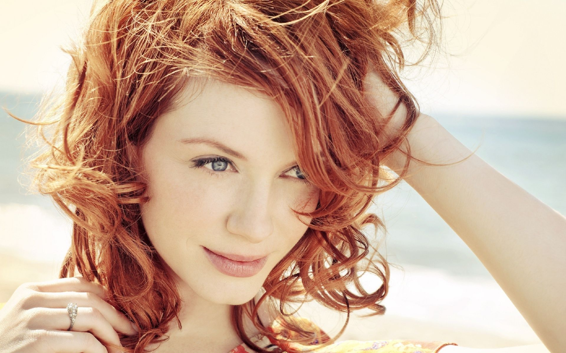 Top 15 Hottest Red Headed Female Celebrities