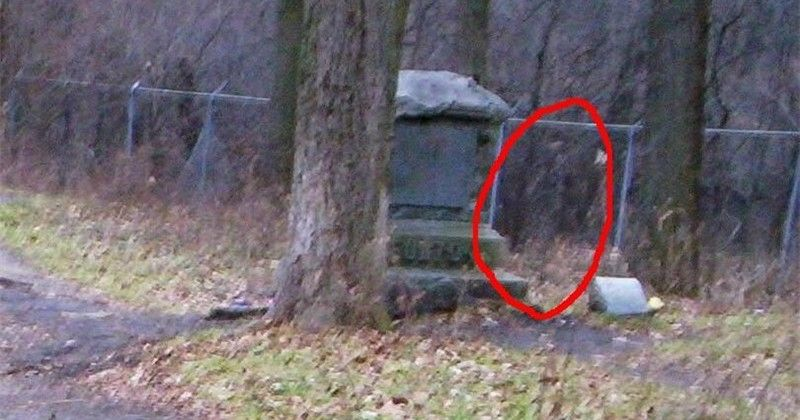 12 Of The World's Creepiest Cemeteries