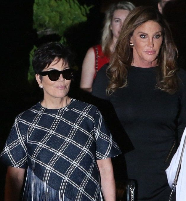 """15. Kris Jenner Refuses To Call """"Bruce"""" By Her New Name"""