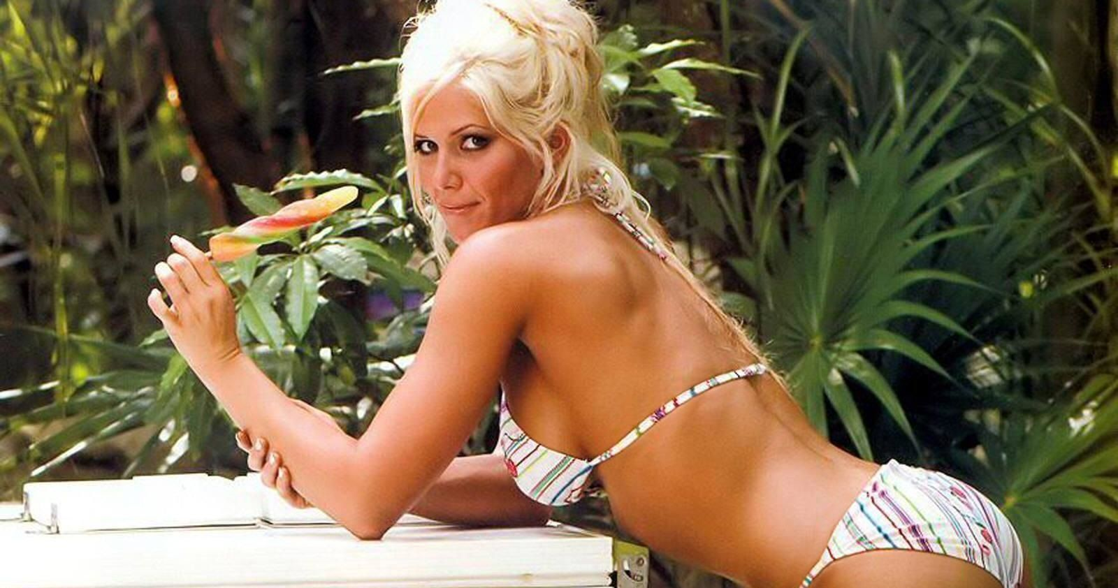 Top 20 Hot Photos Of Wwes Torrie Wilson You Have To See -7544