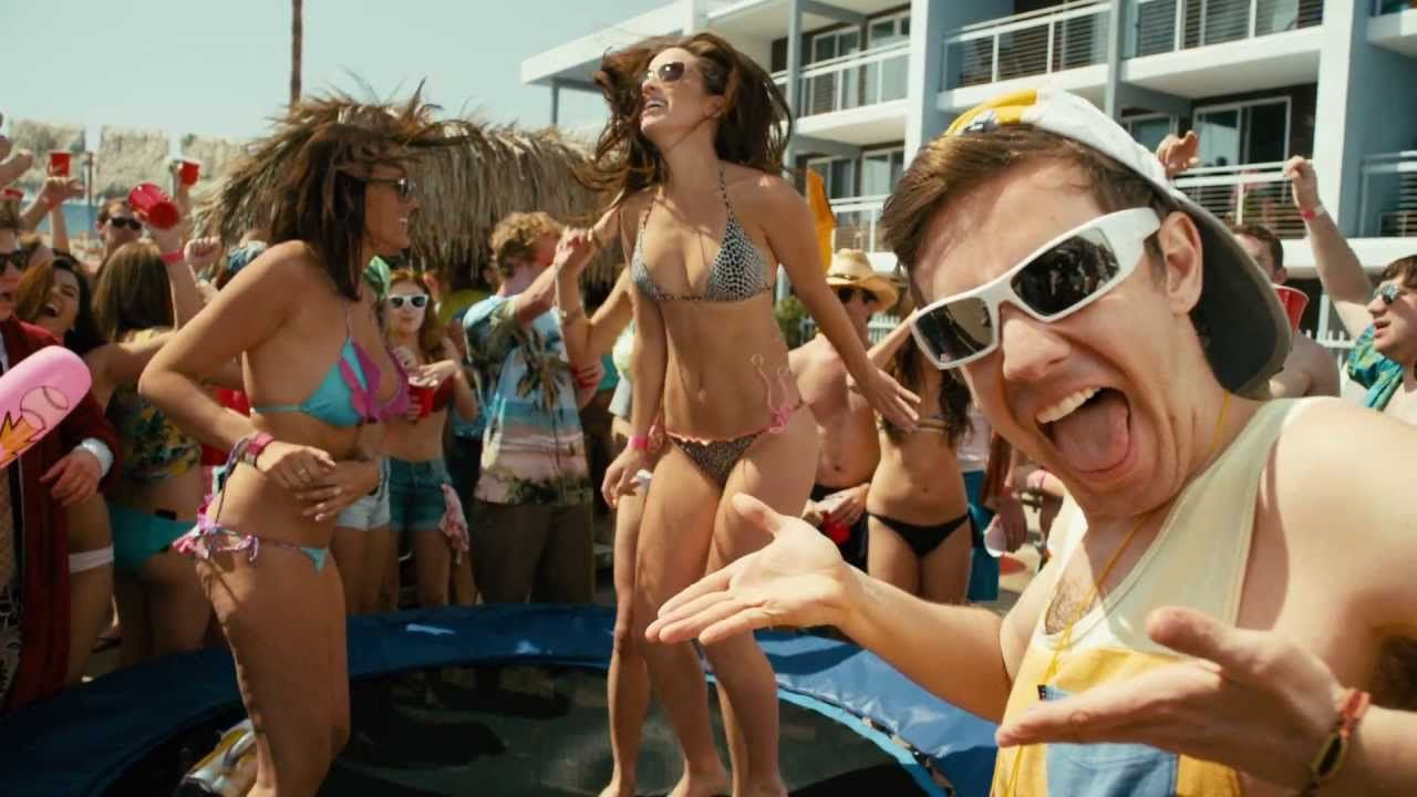 The 10 Stages Of Grief When You Realize You're Too Old For Spring Break