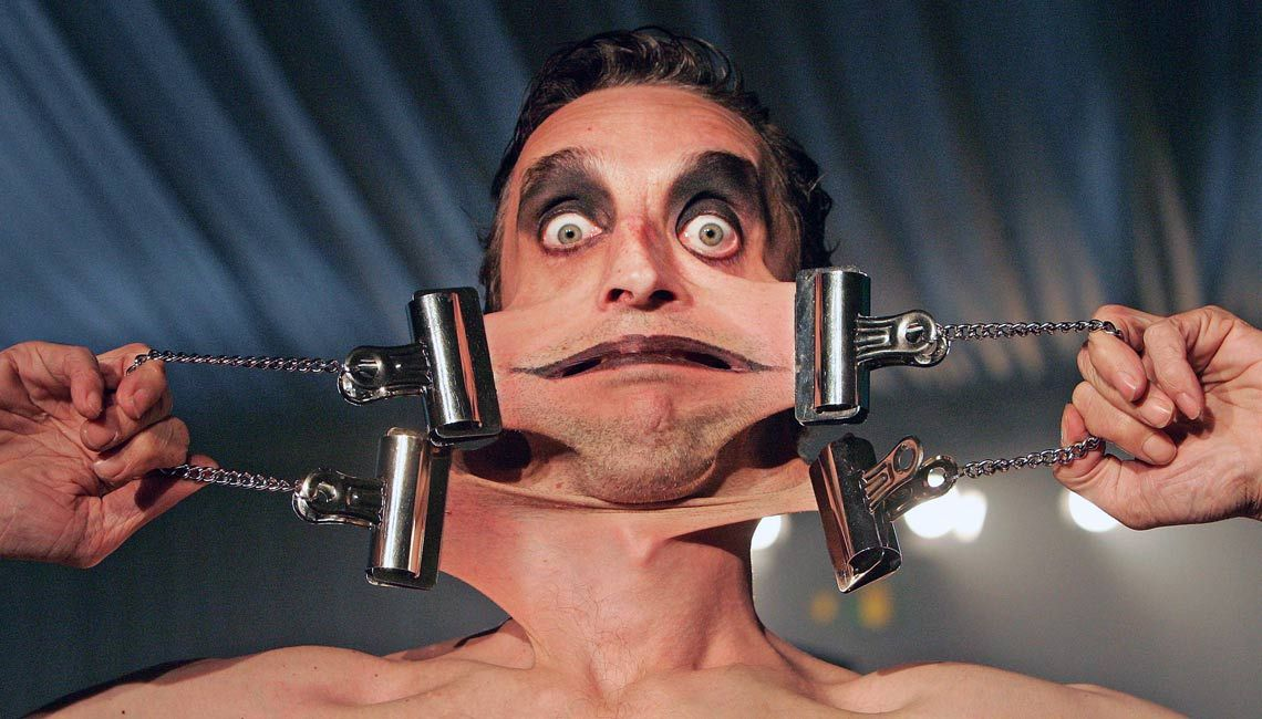 15 Body Parts That Made The Guinness Book Of World Records