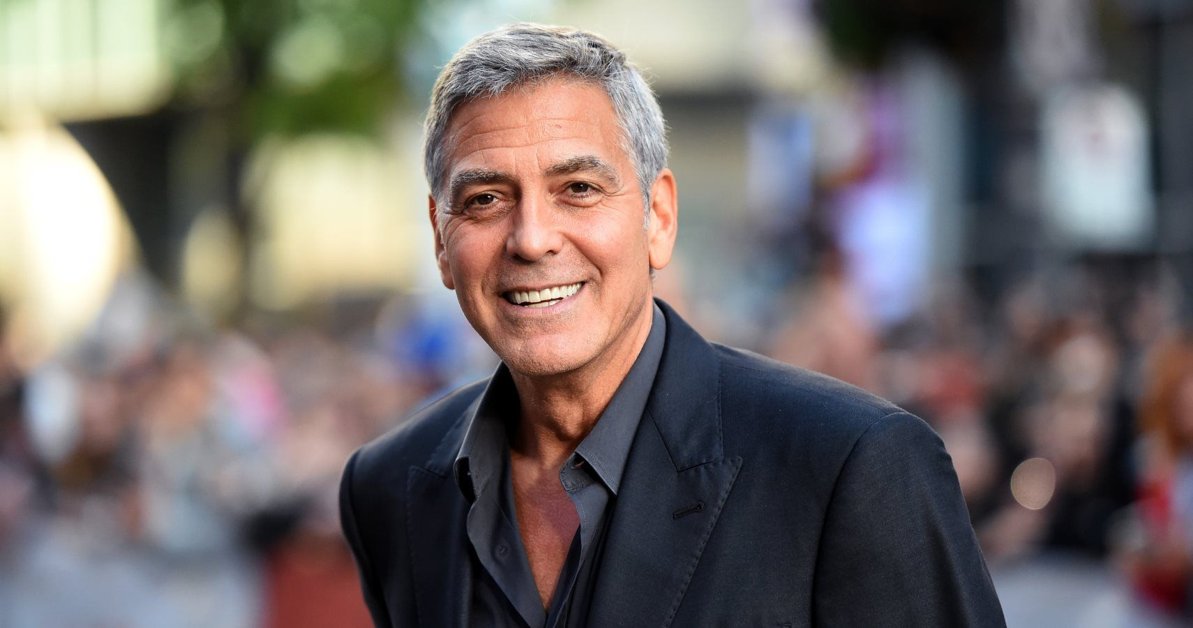 George Clooney Showers His Friends With Money | TheRichest.com
