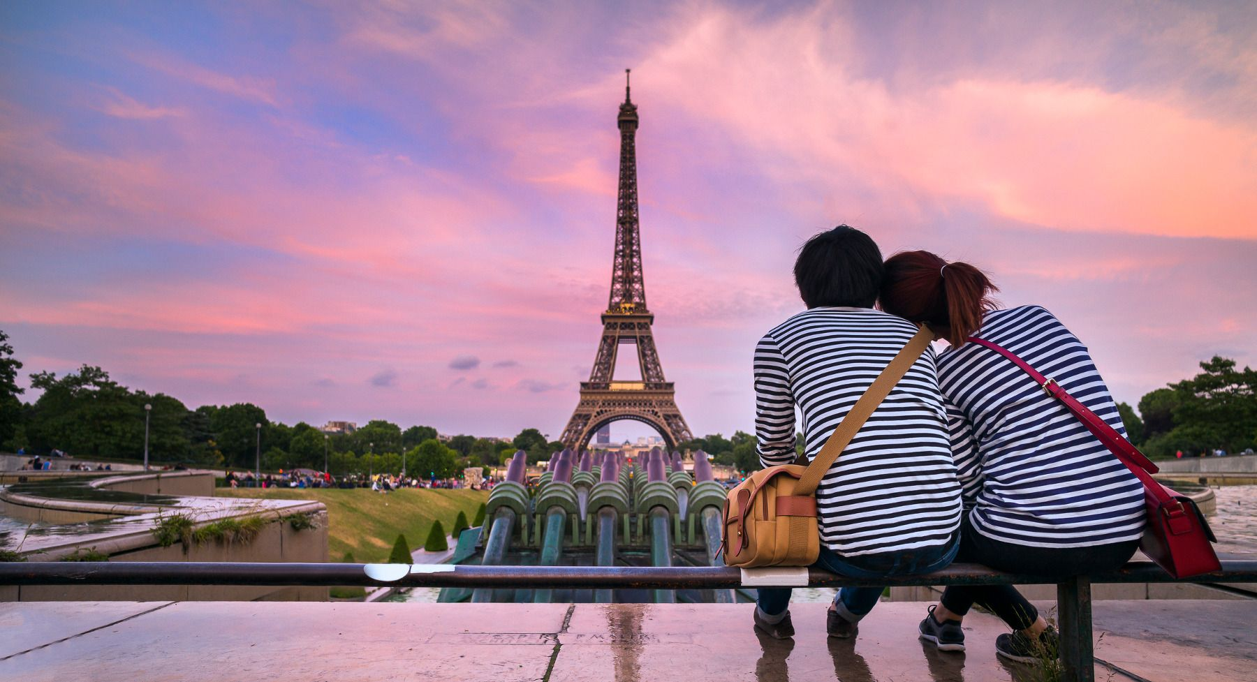 Parisian-tourists 10 Things Tourists Do In Europe That Locals Can't Stand