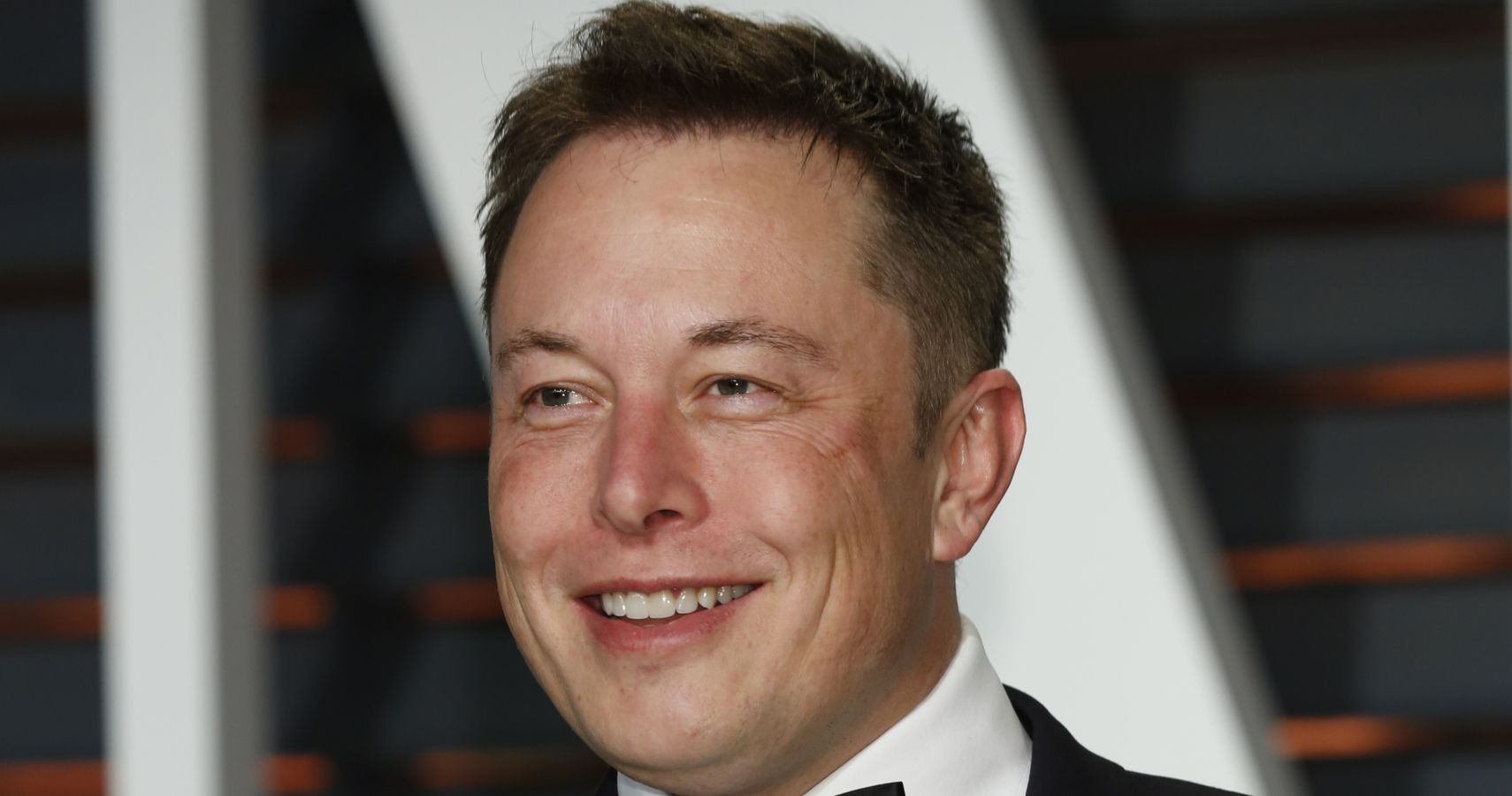 Breaking His Vow? Tesla's Elon Musk Removes $37.5 Million House From The Market