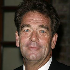 Huey Lewis Net Worth