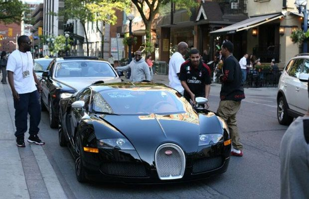 Drake Buys a $2.5 Million Bugatti