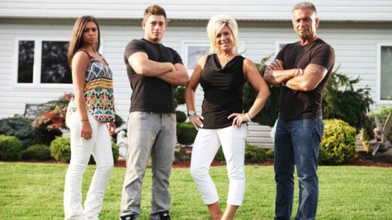 long_island_medium_season_2_a_h