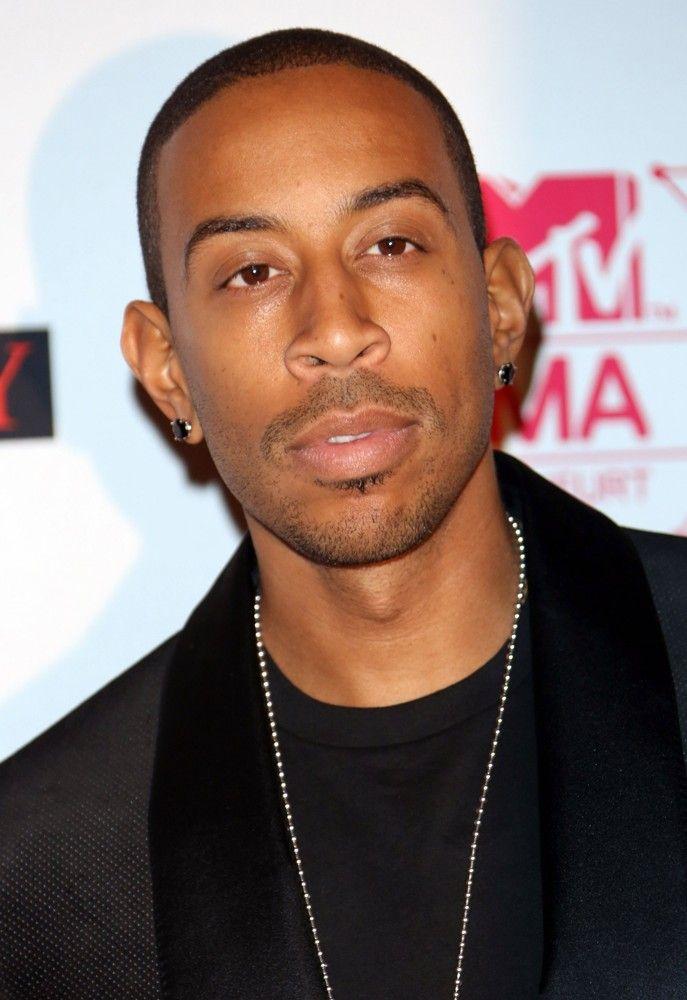 ludacris-mtv-ema-s-2012-01